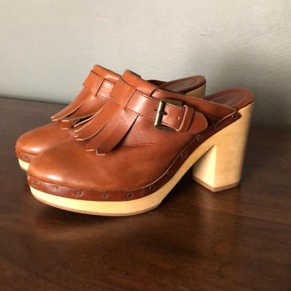 d9ac9b2a9511 Madewell Shoes - Madewell Classic Fringe Clogs